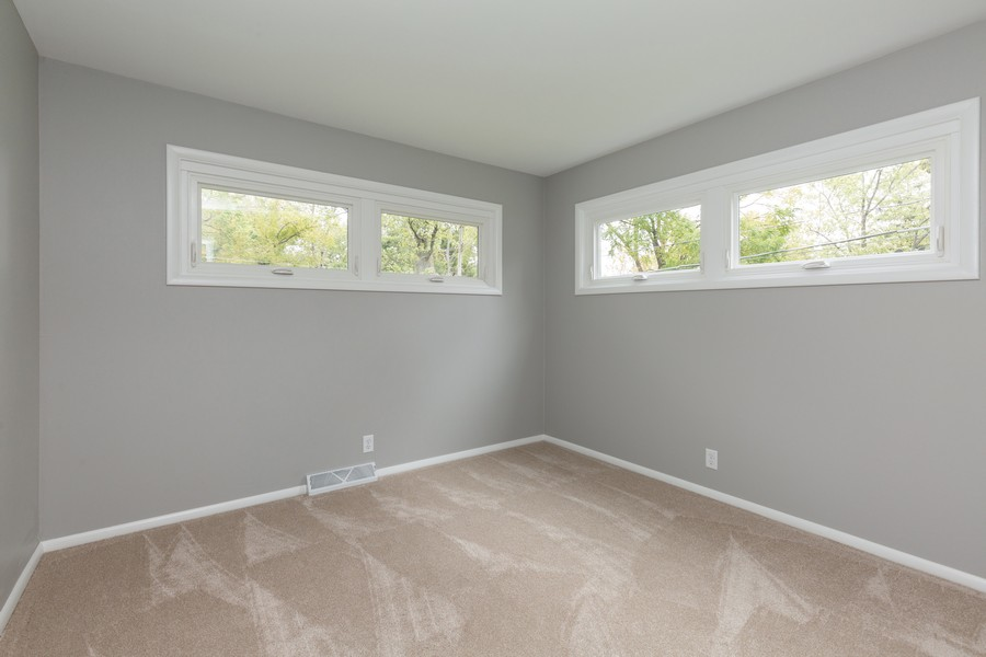 Real Estate Photography - 309 Knollwood Dr, Dekalb, IL, 60115 - Bedroom