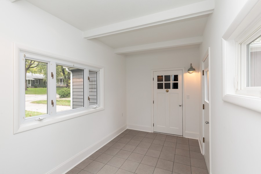 Real Estate Photography - 309 Knollwood Dr, Dekalb, IL, 60115 - Mudroom