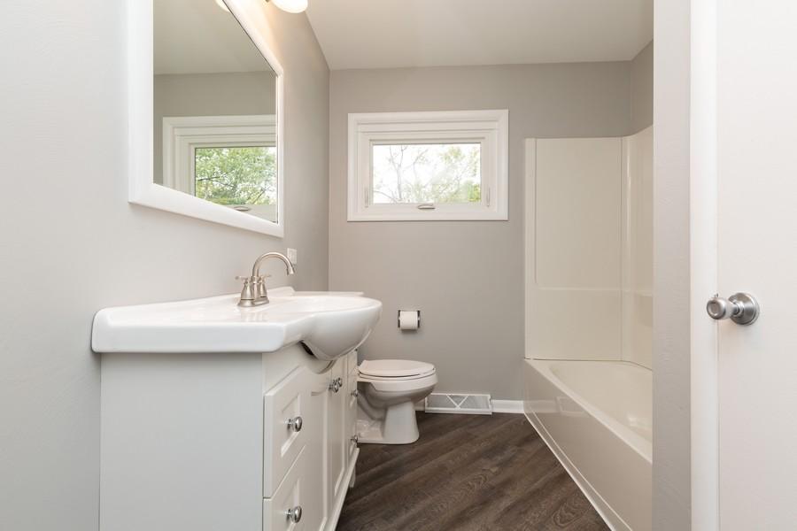 Real Estate Photography - 309 Knollwood Dr, Dekalb, IL, 60115 - Bathroom