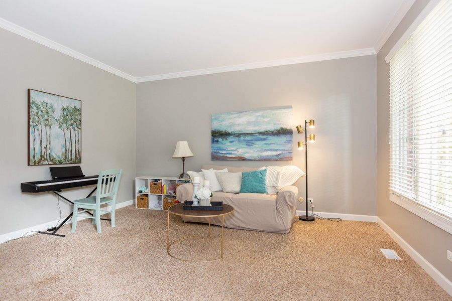 Real Estate Photography - 3443 Redwing Dr, Naperville, IL, 60564 - Living Room