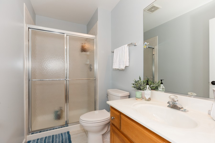 Real Estate Photography - 3443 Redwing Dr, Naperville, IL, 60564 - 3rd Bathroom
