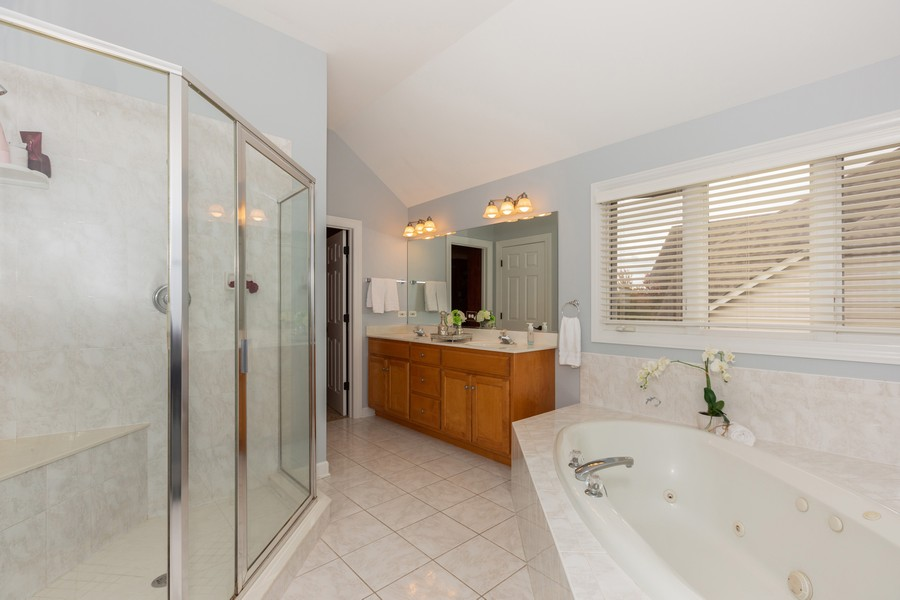 Real Estate Photography - 3443 Redwing Dr, Naperville, IL, 60564 - Master Bathroom