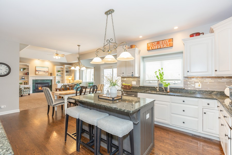 Real Estate Photography - 3443 Redwing Dr, Naperville, IL, 60564 - Kitchen