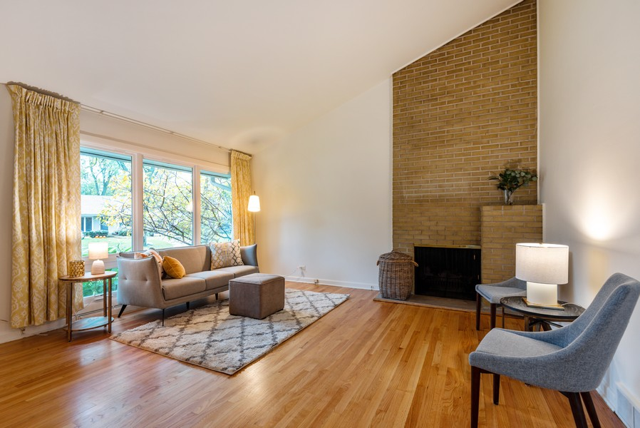 Real Estate Photography - 3515 Hillside Rd, Evanston, IL, 60201 - Living Room