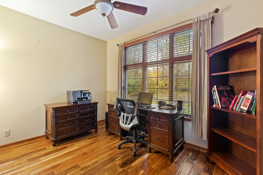 Real Estate Photography - 8N431 Sunny Hill Cir, Campton Hills, IL, 60124 - Office