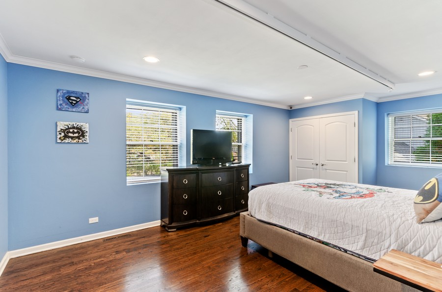 Real Estate Photography - 4003 Yorkshire Ln, Northbrook, IL, 60062 - 2nd Bedroom