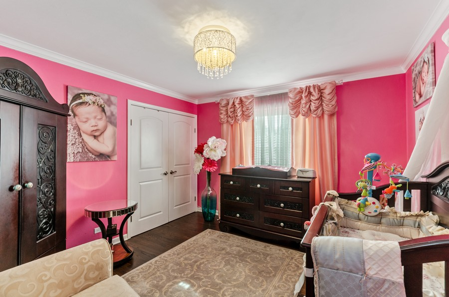 Real Estate Photography - 4003 Yorkshire Ln, Northbrook, IL, 60062 - 3rd Bedroom