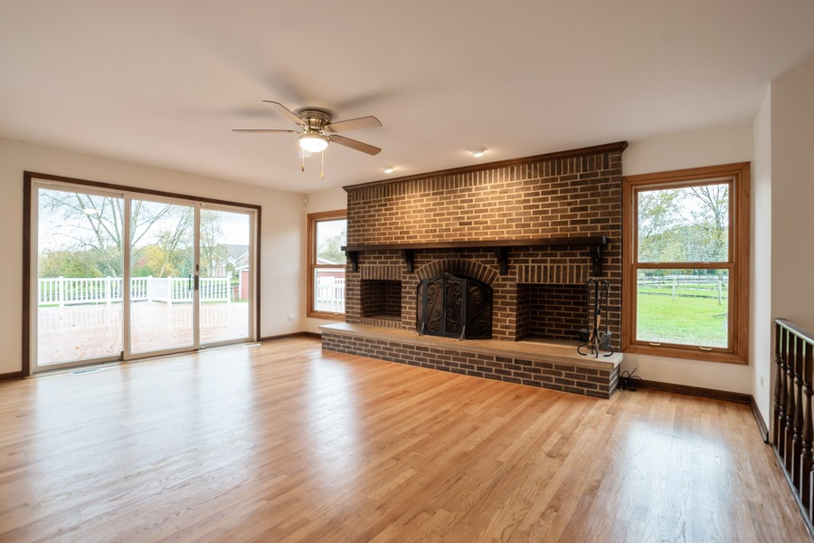 Real Estate Photography - 157M Helm Rd, Barrington Hills, IL, 60010 - Location 20