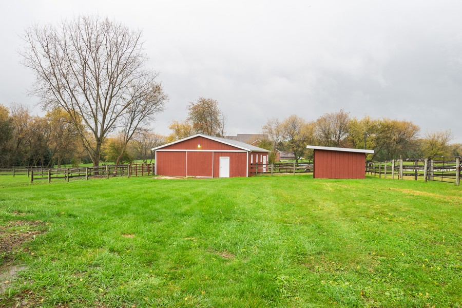 Real Estate Photography - 157M Helm Rd, Barrington Hills, IL, 60010 - Location 21