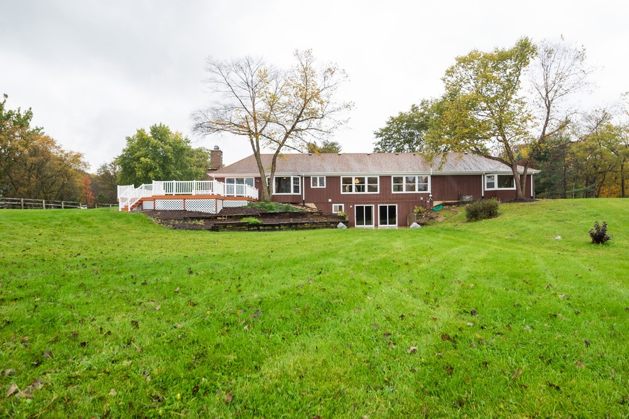 Real Estate Photography - 157M Helm Rd, Barrington Hills, IL, 60010 - Location 24