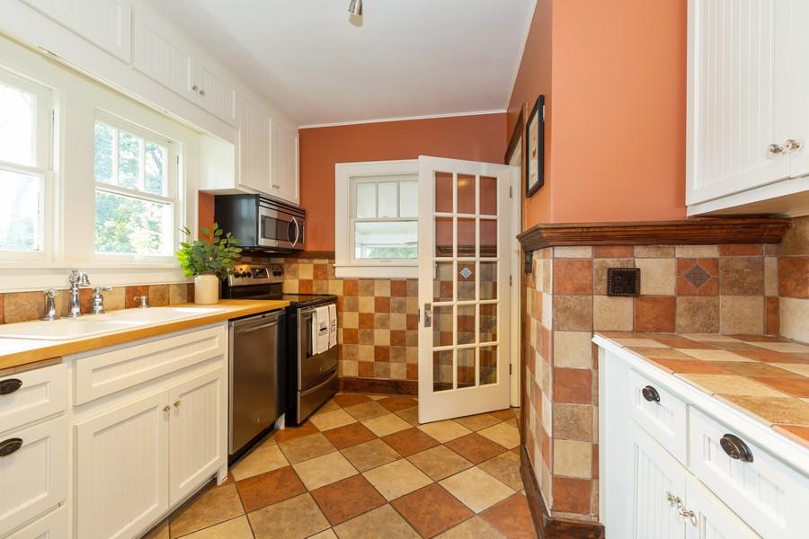 Real Estate Photography - 381 Douglas Ave, Crystal Lake, IL, 60014 - Kitchen