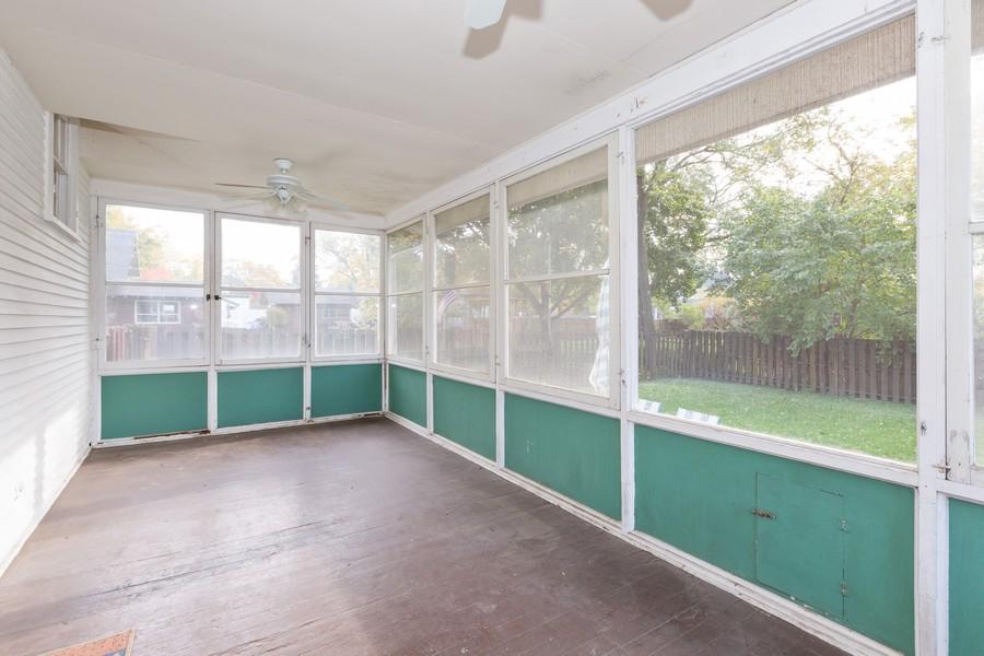 Real Estate Photography - 381 Douglas Ave, Crystal Lake, IL, 60014 - Sun Room