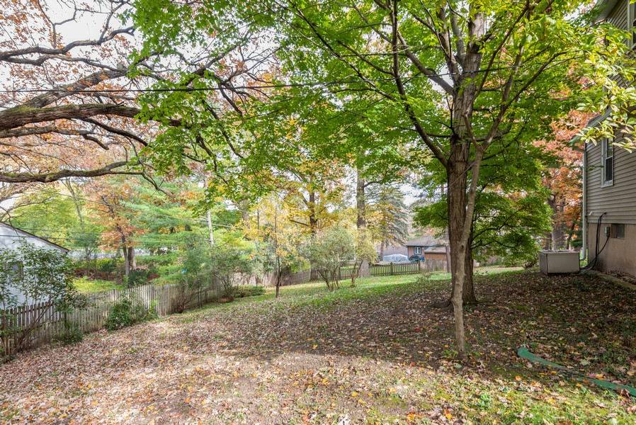 Real Estate Photography - 525 Cheyenne Dr, Lake In The Hills, IL, 60156 - Back Yard