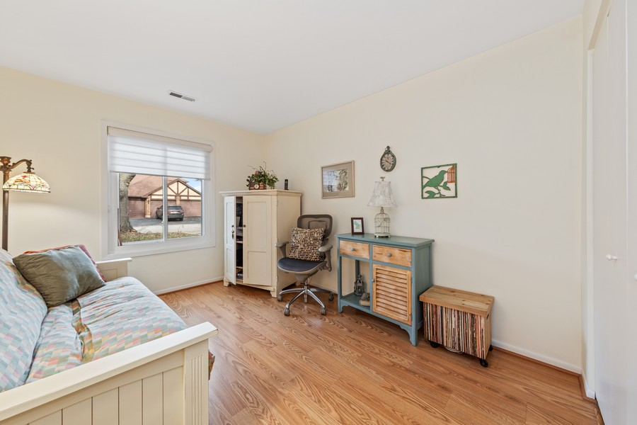 Real Estate Photography - 1731 Harrow Ct, D, Wheaton, IL, 60189 - Bedroom 2
