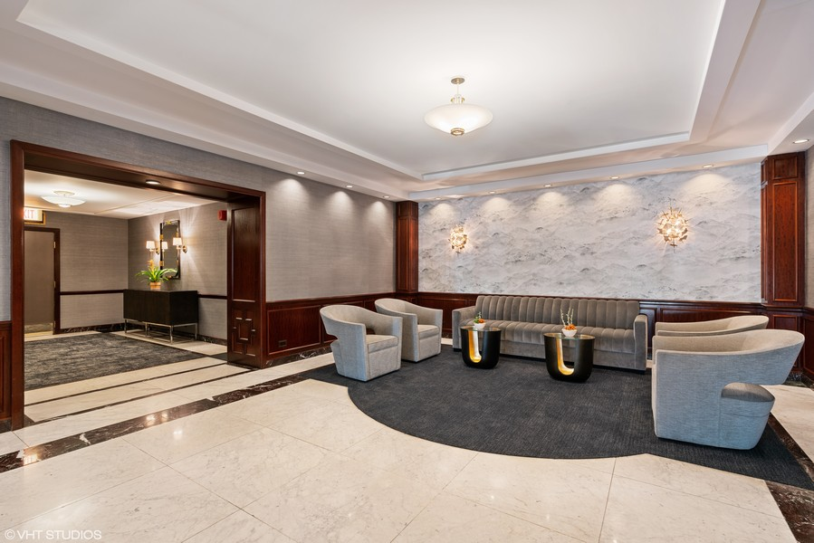 Real Estate Photography - 1313 North Ritchie Ct, 606, Chicago, IL, 60610 - Lobby