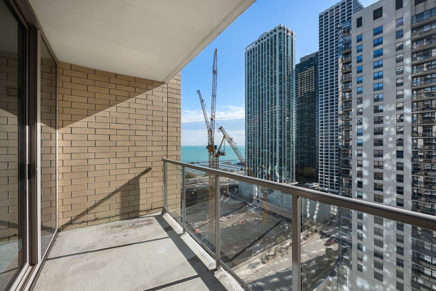 Real Estate Photography - 420 East Waterside Dr, 1403, Chicago, IL, 60601 - Terrace
