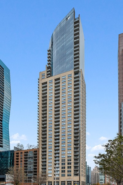 Real Estate Photography - 420 East Waterside Dr, 1403, Chicago, IL, 60601 - Front View