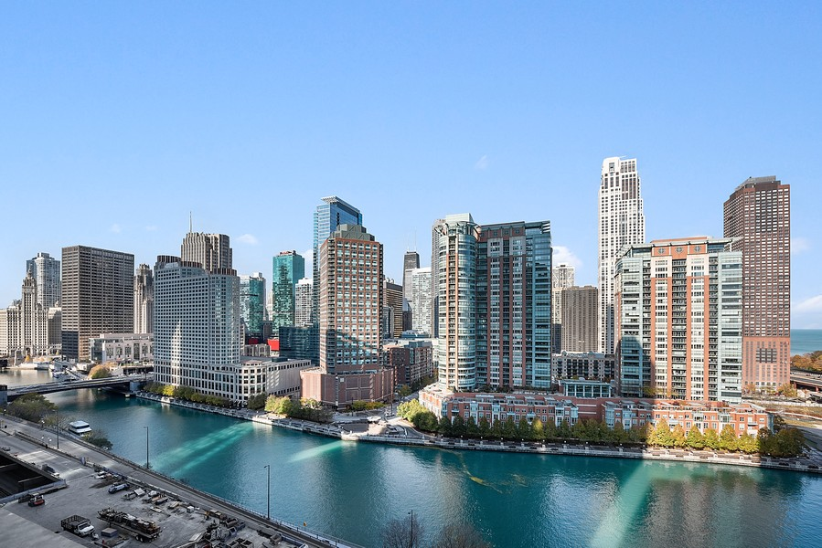 Real Estate Photography - 420 East Waterside Dr, 1403, Chicago, IL, 60601 - River View