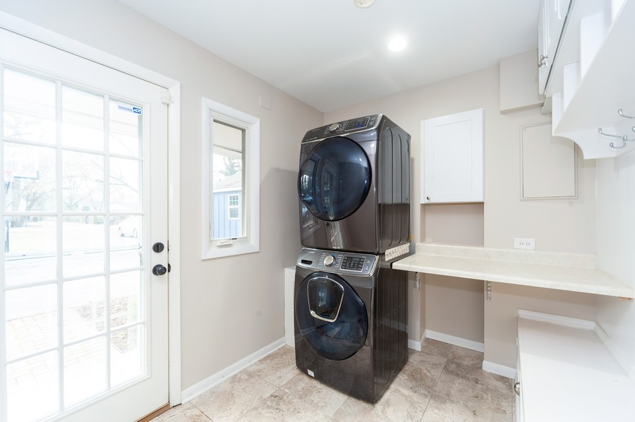 Real Estate Photography - 1555 Tower Rd, Winnetka, IL, 60093 - Laundry / Mud Room