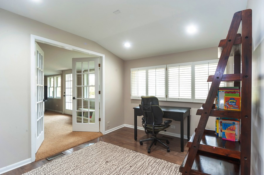 Real Estate Photography - 1555 Tower Rd, Winnetka, IL, 60093 - Office