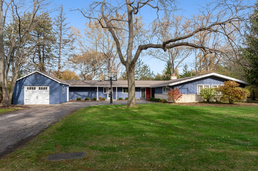 Real Estate Photography - 1555 Tower Rd, Winnetka, IL, 60093 - Front View