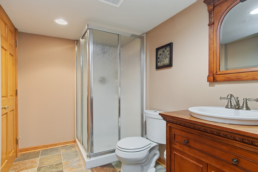 Real Estate Photography - 2611 Partlow Dr, Naperville, IL, 60564 - 3rd Bathroom
