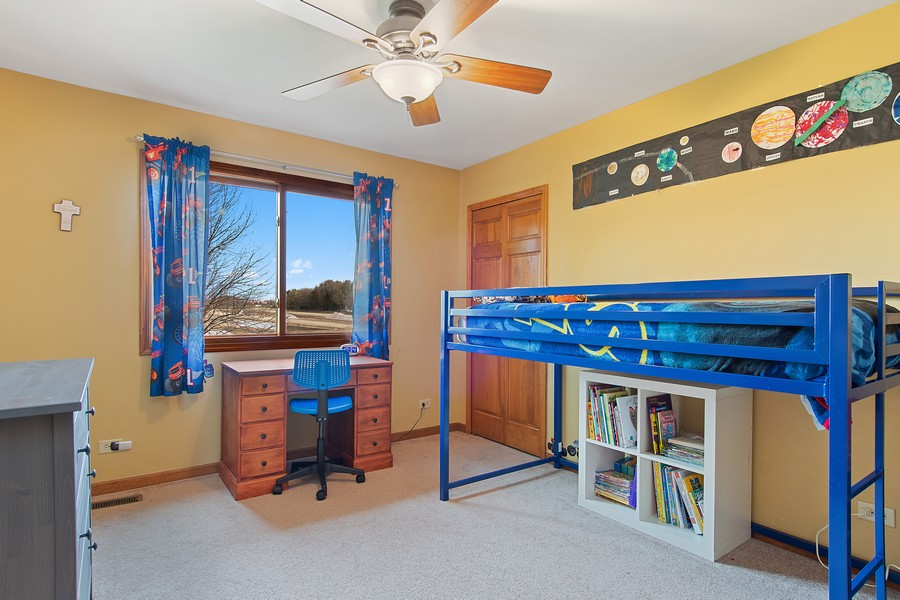 Real Estate Photography - 2611 Partlow Dr, Naperville, IL, 60564 - 2nd Bedroom