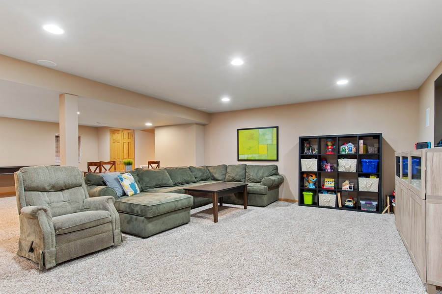 Real Estate Photography - 2611 Partlow Dr, Naperville, IL, 60564 - Basement