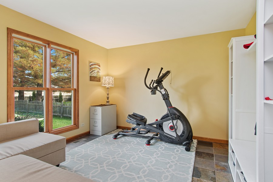 Real Estate Photography - 2611 Partlow Dr, Naperville, IL, 60564 - Office