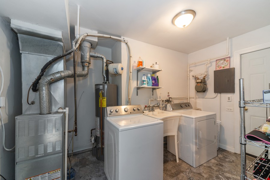 Real Estate Photography - 3124 Dora St, Franklin Park, IL, 60131 - Laundry Room