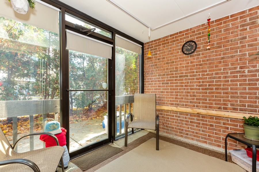 Real Estate Photography - 29 East Parliament Dr, 29, Palos Heights, IL, 60463 - Porch