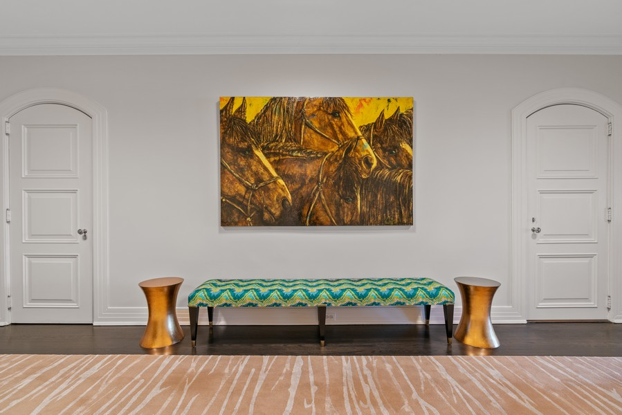Real Estate Photography - 1540 North Lake Shore Dr, 3S, Chicago, IL, 60610 - Foyer