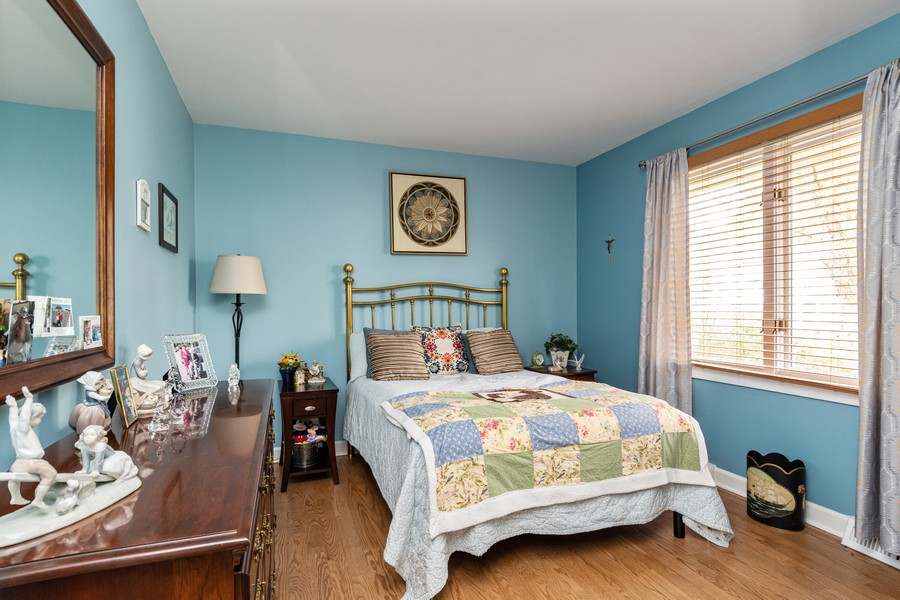 Real Estate Photography - 1165 Ancient Oaks Ct, Bartlett, IL, 60103 - 4th Bedroom