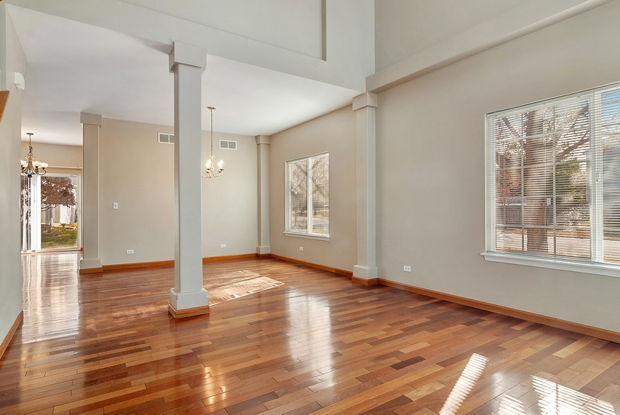 Real Estate Photography - 1884 Royal Ln, Aurora, IL, 60503 - Living Room