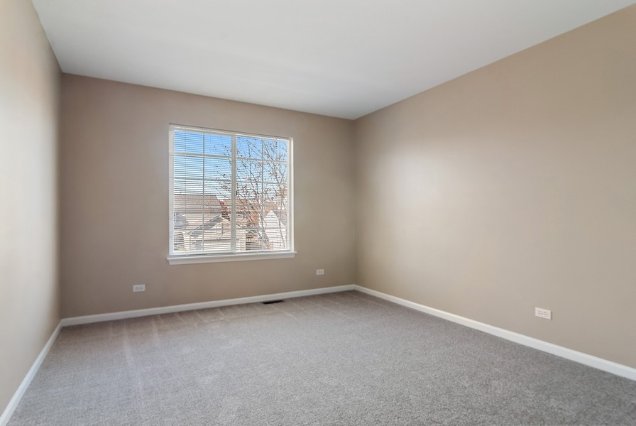 Real Estate Photography - 1884 Royal Ln, Aurora, IL, 60503 - 3rd Bedroom
