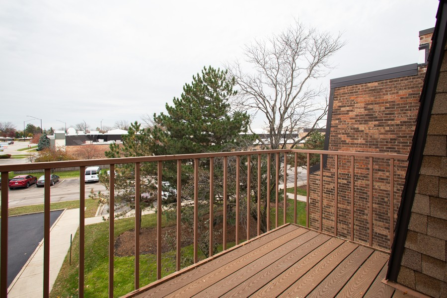 Real Estate Photography - 608 South Waterford Rd, 3A, Schaumburg, IL, 60193 - Balcony