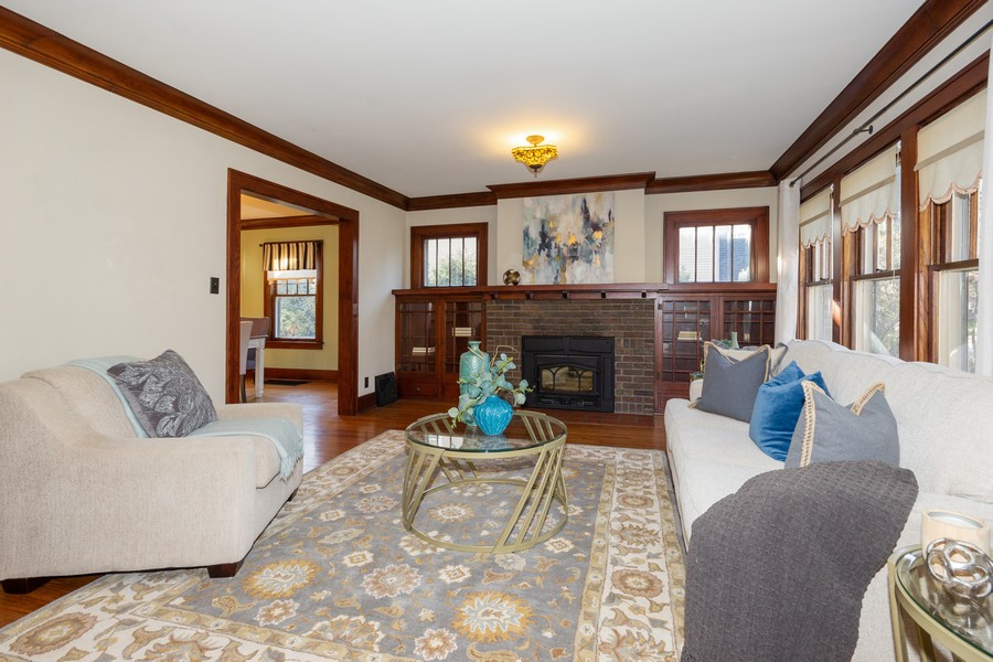 Real Estate Photography - 16 South Wright St, Naperville, IL, 60540 - Living Room