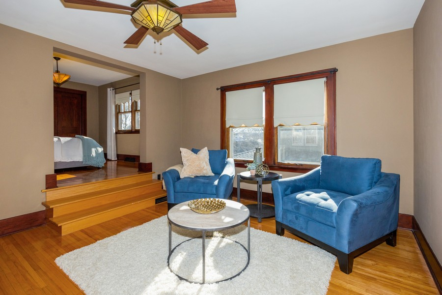 Real Estate Photography - 16 South Wright St, Naperville, IL, 60540 - Sitting Room