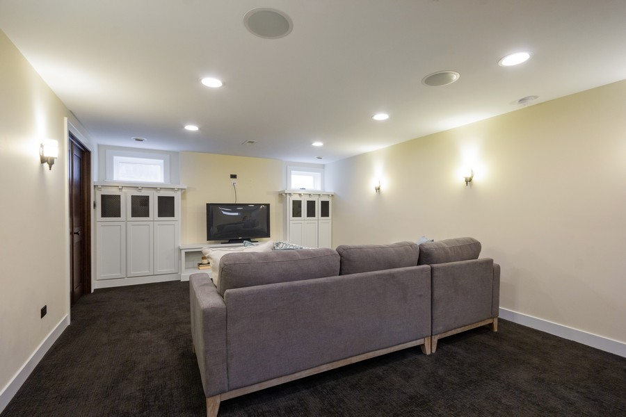 Real Estate Photography - 16 South Wright St, Naperville, IL, 60540 - Recreation Room