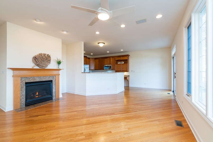 Real Estate Photography - 1917 Westleigh Dr, Glenview, IL, 60025 - Family Room