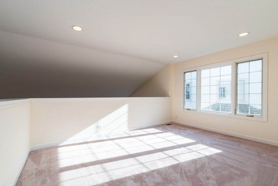 Real Estate Photography - 1917 Westleigh Dr, Glenview, IL, 60025 - Loft/5th Bedroom