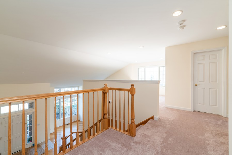Real Estate Photography - 1917 Westleigh Dr, Glenview, IL, 60025 - Hallway