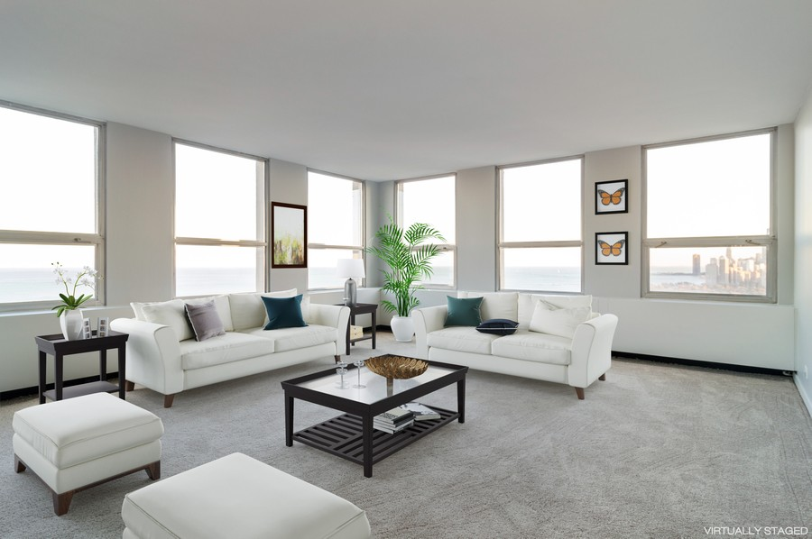 Real Estate Photography - 2626 North Lakeview Ave, 3803, Chicago, IL, 60614 - Living Room