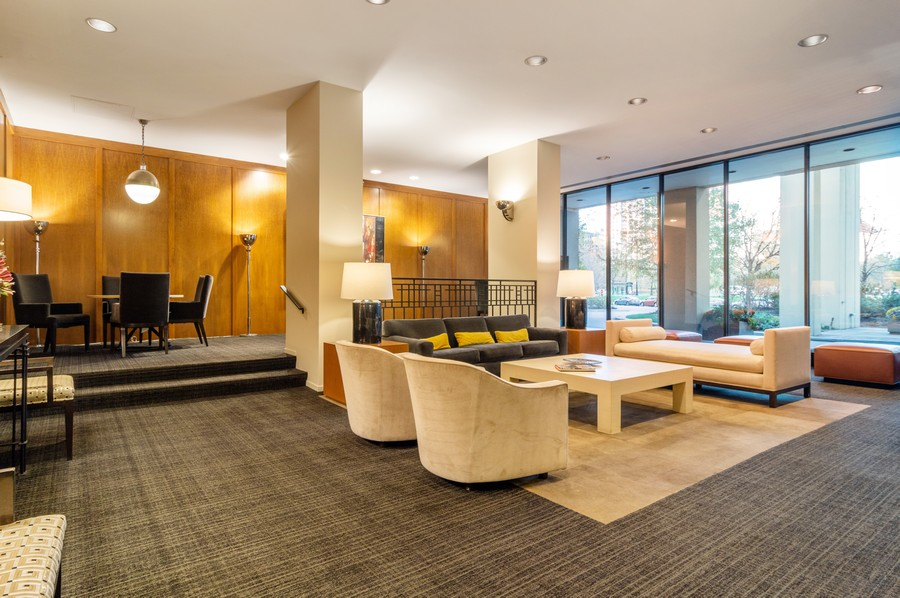 Real Estate Photography - 2626 North Lakeview Ave, 3803, Chicago, IL, 60614 - Lobby