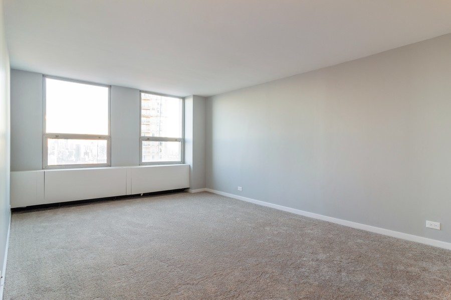 Real Estate Photography - 2626 North Lakeview Ave, 3803, Chicago, IL, 60614 - Master Bedroom