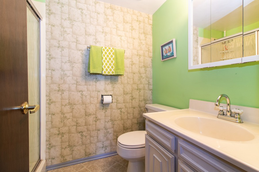 Real Estate Photography - 13572 South 85Th Ave, Orland Park, IL, 60462 - Bathroom