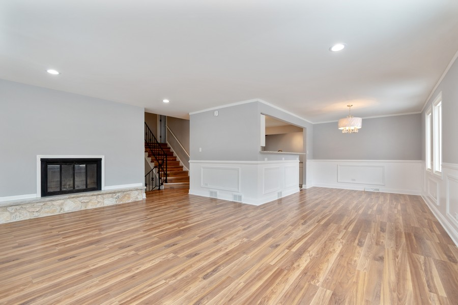 Real Estate Photography - 16507 Ellis Ave, South Holland, IL, 60473 - Living Room