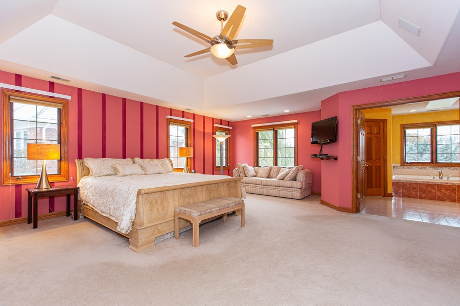 Real Estate Photography - 416 Shadow Creek Dr, Palos Heights, IL, 60463 - Master Bedroom