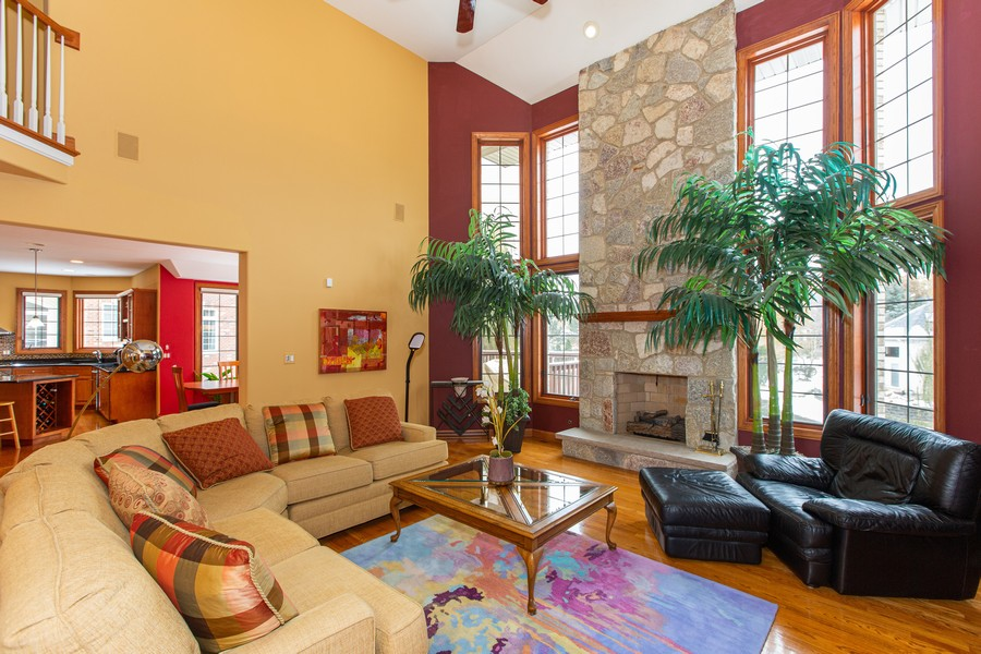 Real Estate Photography - 416 Shadow Creek Dr, Palos Heights, IL, 60463 - Family Room
