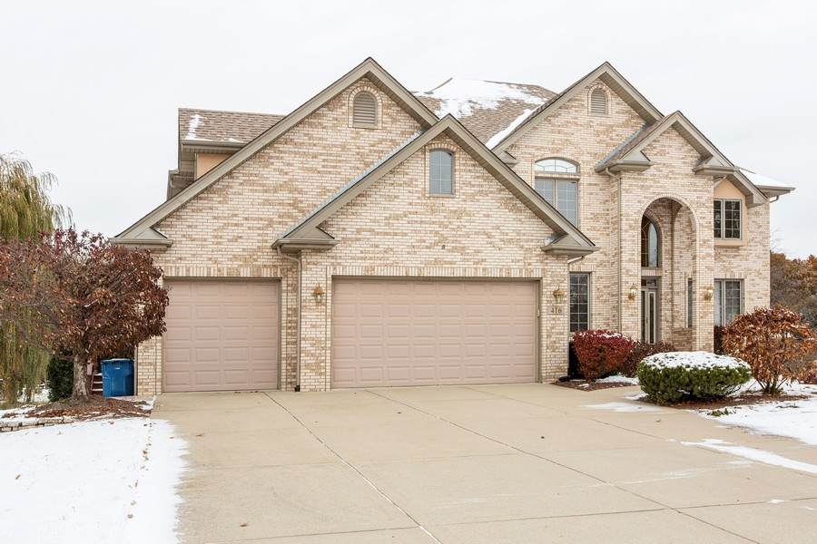 Real Estate Photography - 416 Shadow Creek Dr, Palos Heights, IL, 60463 - Side View